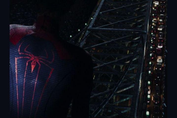 spiderman first bridge fight