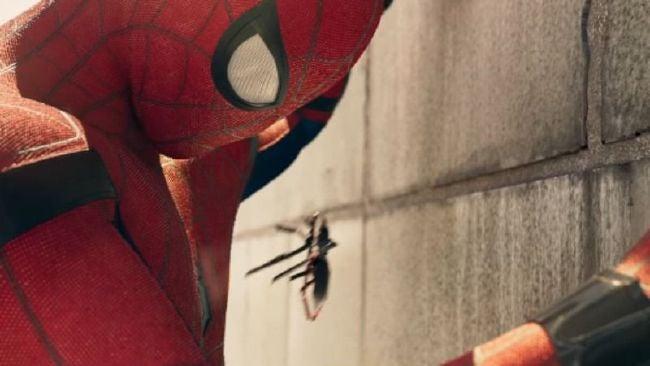 tom spiderman drone